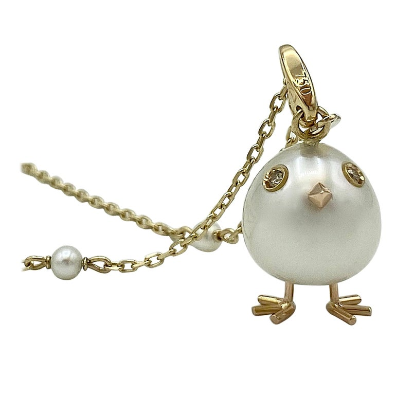 Chick Pearl Diamond 18 Karat Gold Pendant Necklace or Charm Made in Italy For Sale 2