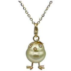 Chick Pearl White Diamond 18 Karat Gold Pendant Necklace or Charm