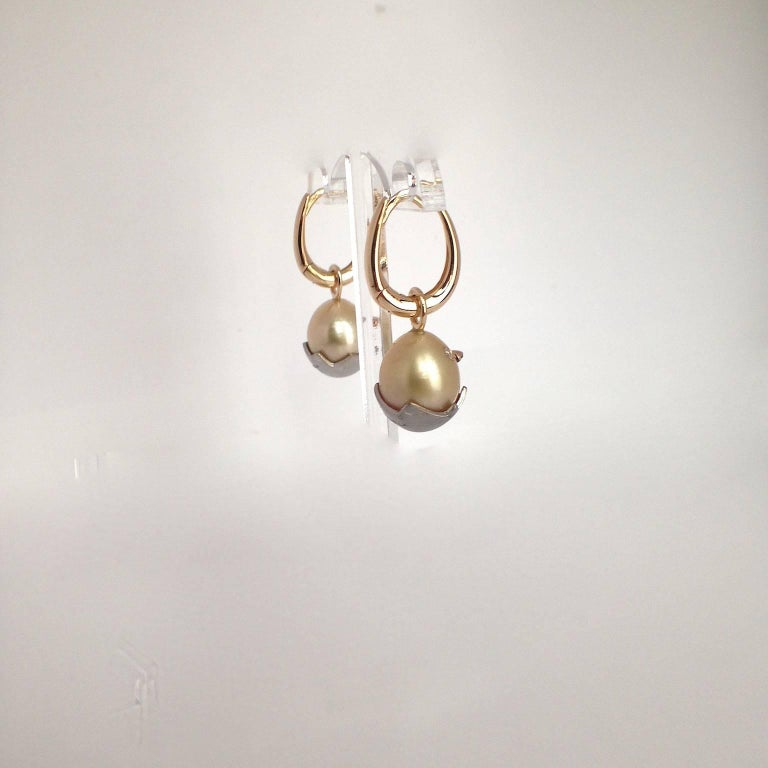 Chick White Diamond 18K Gold Pearl Drop Earrings For Sale 1