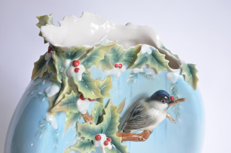 Chickadee Large Vase, Franz Collection Porcelain, Holiday Beginning 2007-2010 6