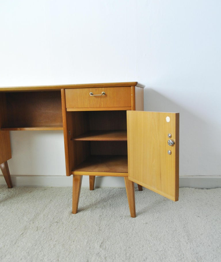 Childs Executive Desk in Ash with Bowed Top, 1950s For Sale 3