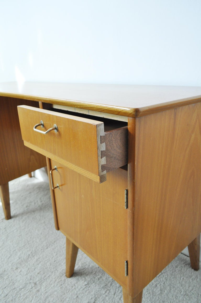 Childs Executive Desk in Ash with Bowed Top, 1950s For Sale 2