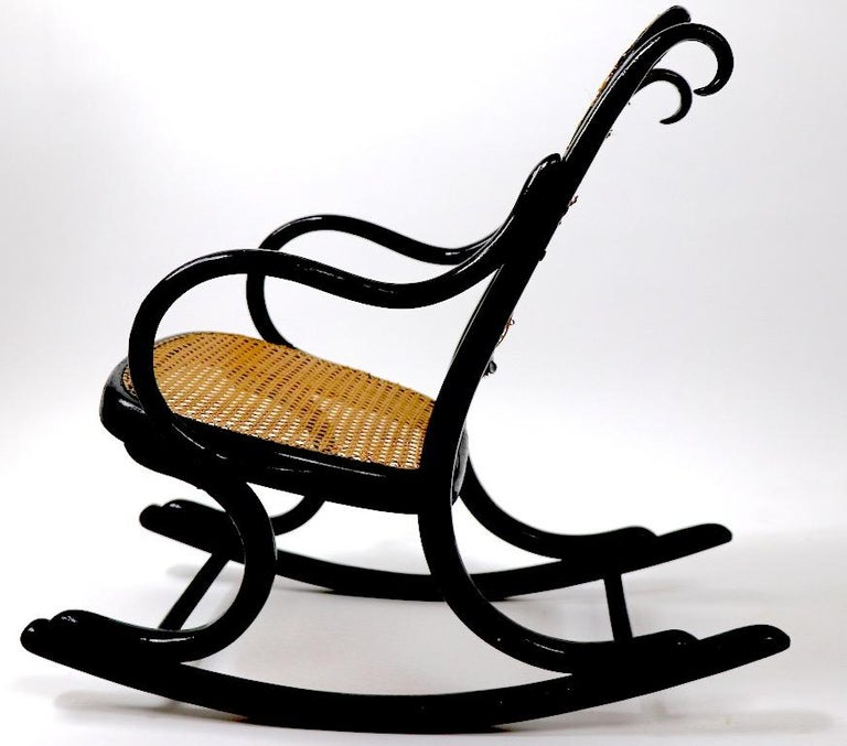 Childs Thonet Rocker In Good Condition For Sale In New York, NY