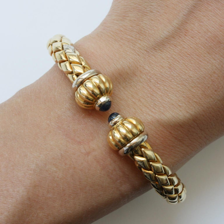 Women's or Men's Chimento Bi-Color Gold and Sapphire Flexible Bangle For Sale