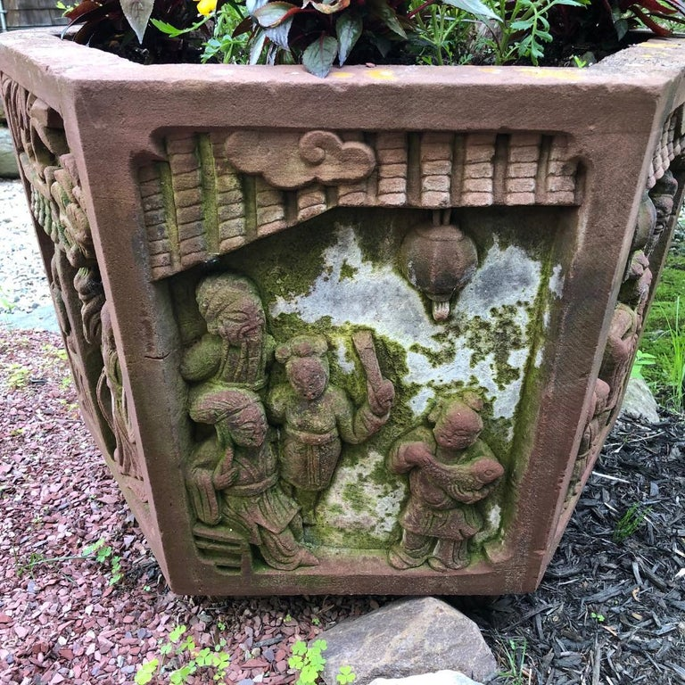 Chinese Antique Hand-Carved  Garden Planter Basin, 19th Century, lovely example For Sale 1