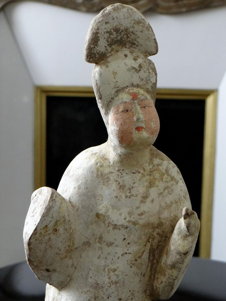 China, Tang Dynasty 618-917, Terracotta Statuette of a Lady of Court Fat Lady For Sale 3