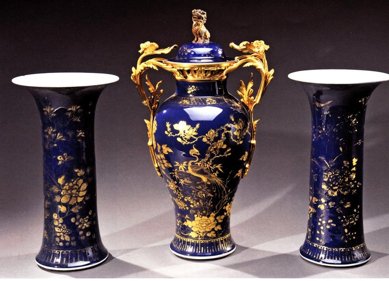 Chinese 18th Century Powder Blue Gilt-Decorated Set of Three Vases For Sale 6