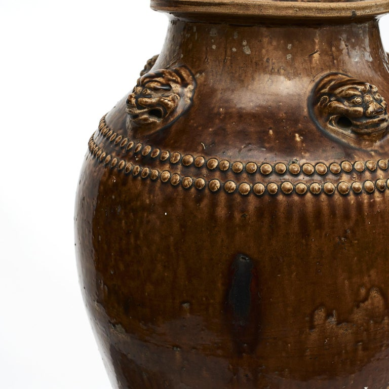 Chinese 19Th Century Earthenware Martaban Storage Jar In Good Condition For Sale In Nordhavn, DK