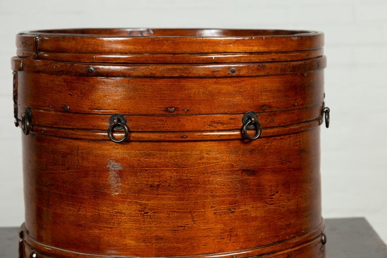 Chinese 19th Century Round Lidded Wooden Basket with Rattan Top and Warm Patina For Sale 1
