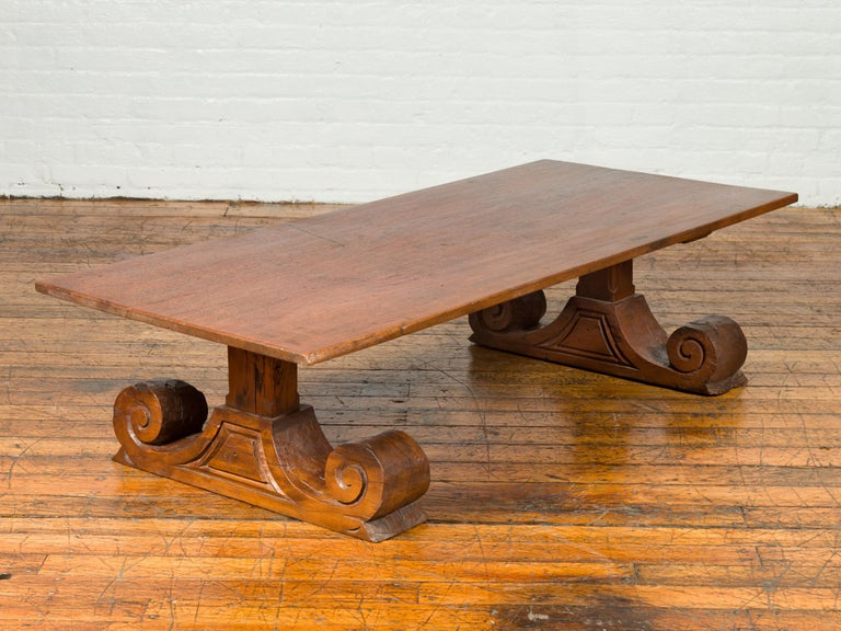 Chinese 19th Century Rustic Elmwood Coffee Table with Large Scrolling Feet For Sale 4
