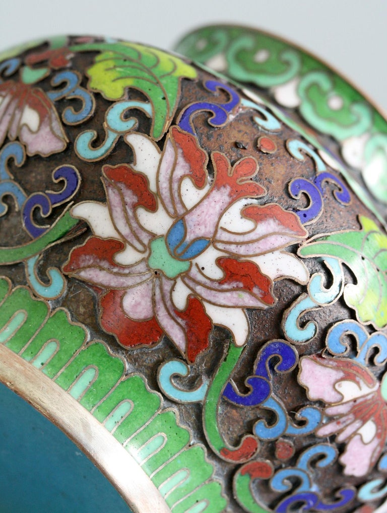 Metal Chinese Cloisonne Silver Plated Lidded Cloisonne Pot For Sale