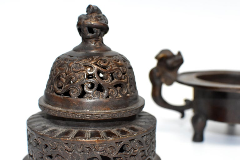 Chinese Antique Incense Burner, Copper Bronze with Dragons, Signed For Sale 4