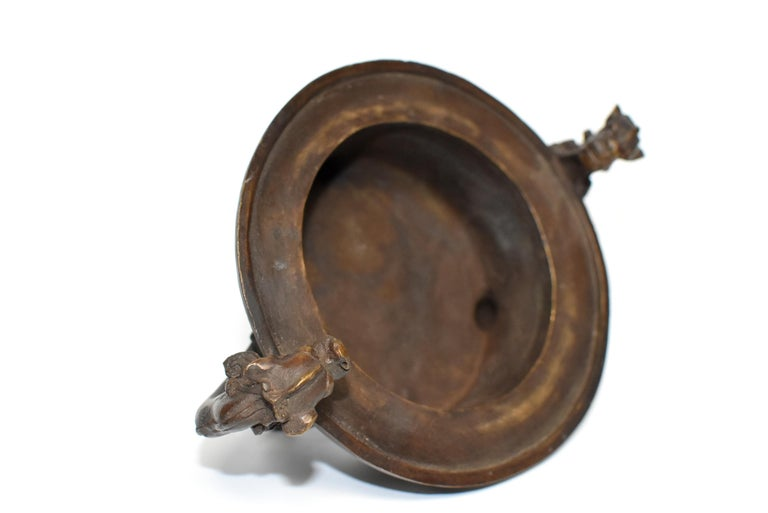 Chinese Antique Incense Burner, Copper Bronze with Dragons, Signed For Sale 8