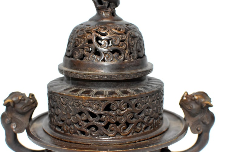Chinese Antique Incense Burner, Copper Bronze with Dragons, Signed In Good Condition For Sale In Somis, CA