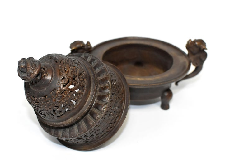 Chinese Antique Incense Burner, Copper Bronze with Dragons, Signed For Sale 1