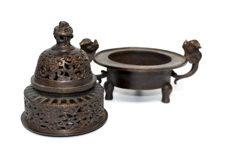 Chinese Antique Incense Burner, Copper Bronze with Dragons, Signed For Sale 2