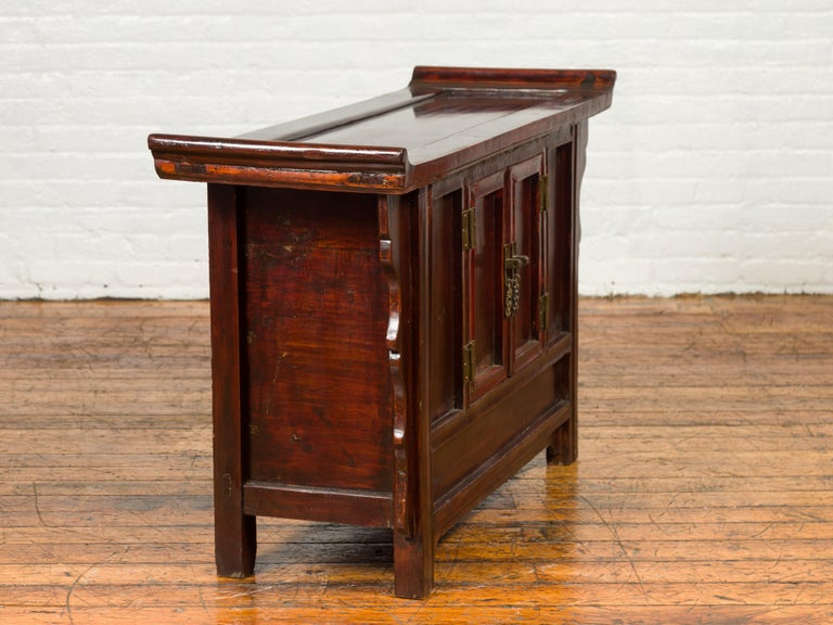 Chinese Antique Ming Dynasty Style Red Rose Console Cabinet with Everted Flanged For Sale 6