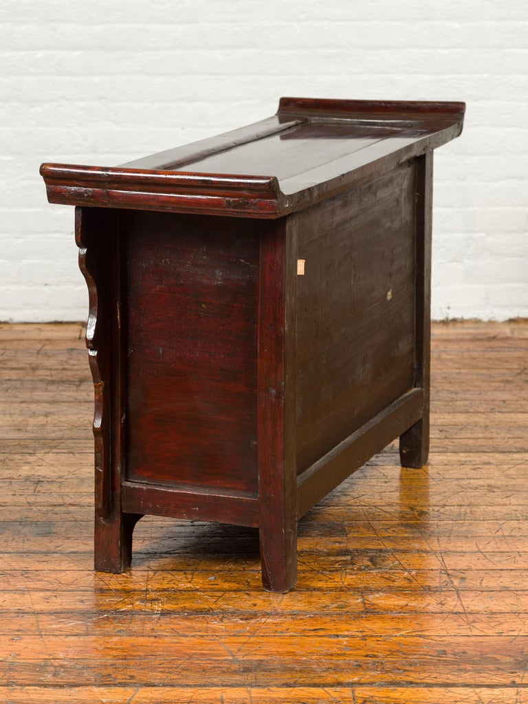 Chinese Antique Ming Dynasty Style Red Rose Console Cabinet with Everted Flanged For Sale 9