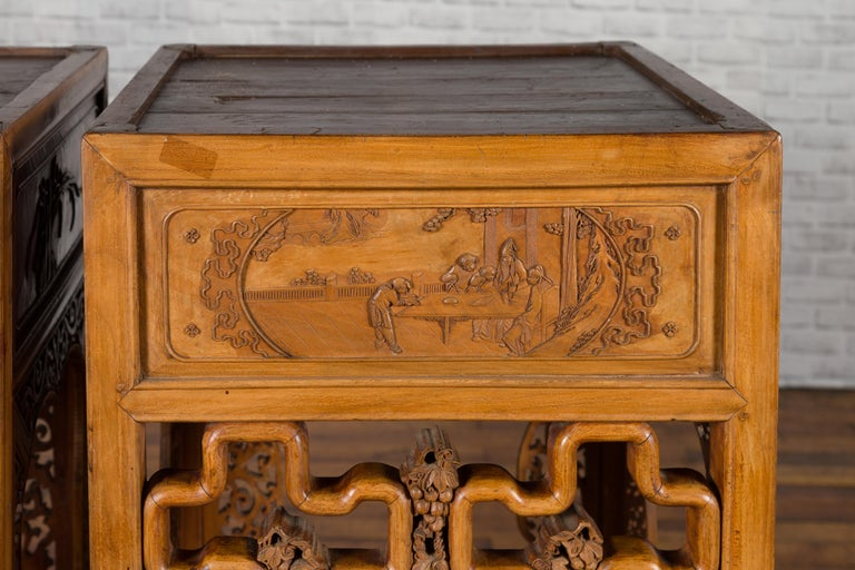 Chinese Antique Pedestal with Openwork Motifs and Hand Carved Court Scenes For Sale 9
