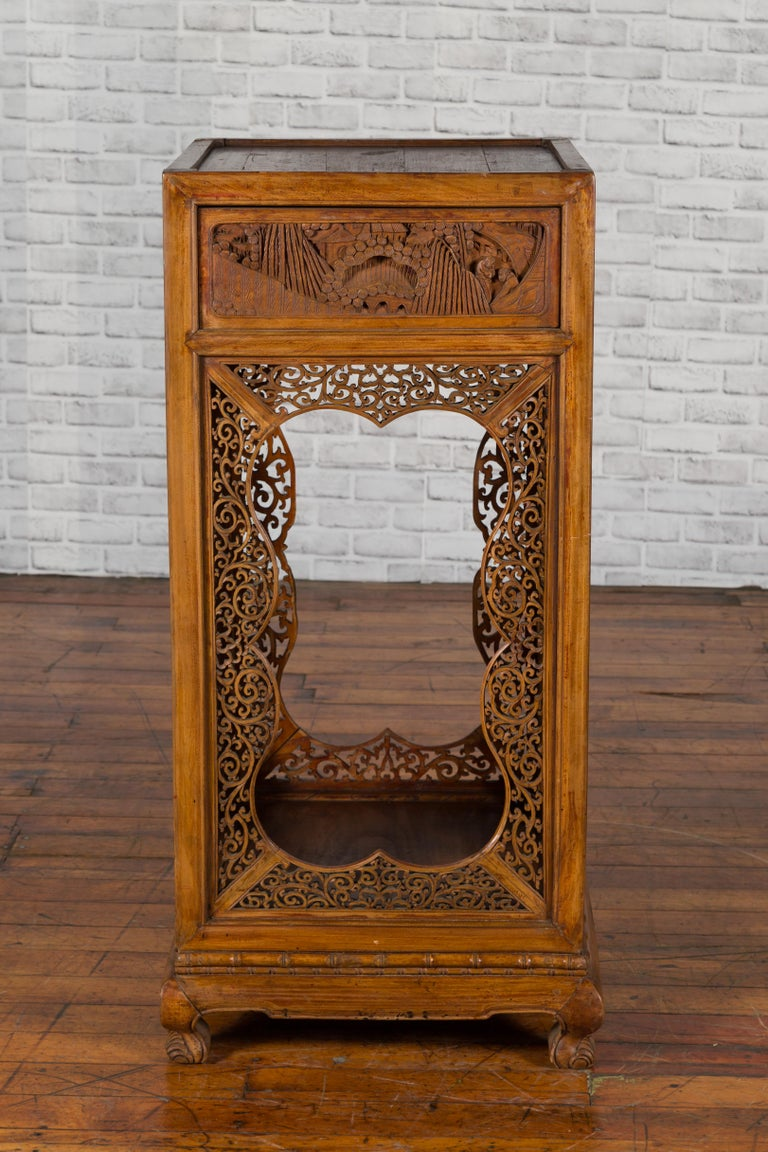 Chinese Antique Pedestal with Openwork Motifs and Hand Carved Court Scenes For Sale 1