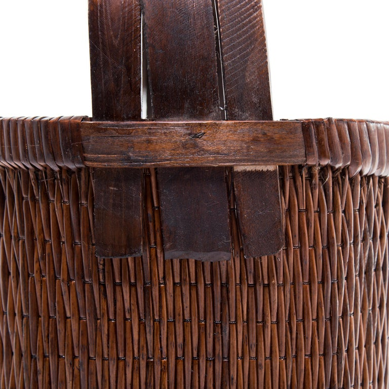 20th Century Chinese Bent Handle Willow Basket, circa 1900 For Sale