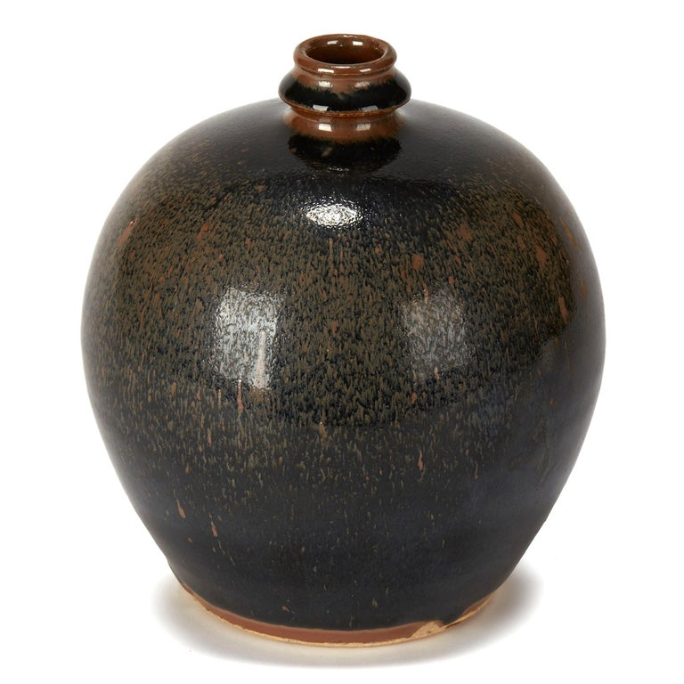 Chinese Black and Brown Haresfur Glazed Bulbous Pottery Vase, 20th Century For Sale 2