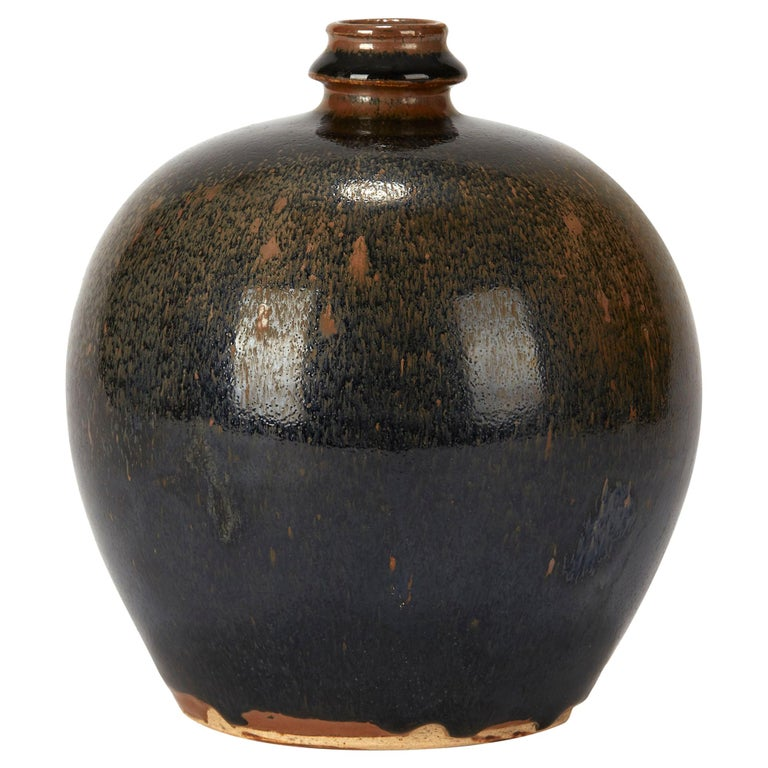 Chinese Black and Brown Haresfur Glazed Bulbous Pottery Vase, 20th Century For Sale