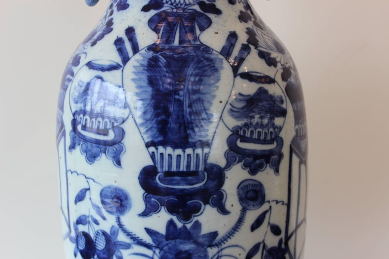 Asian Chinese Blue and White Ceramic Vase For Sale