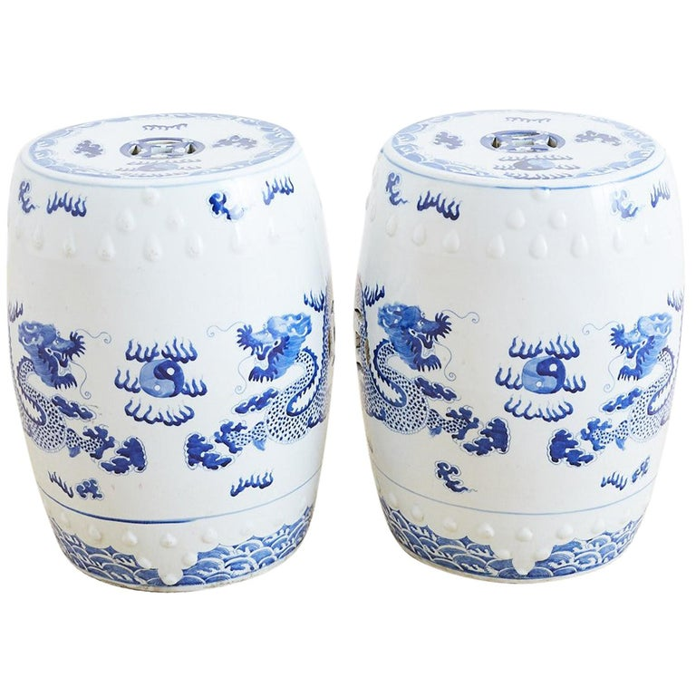 Chinese Blue And White Garden Stool Drink Tables For Sale