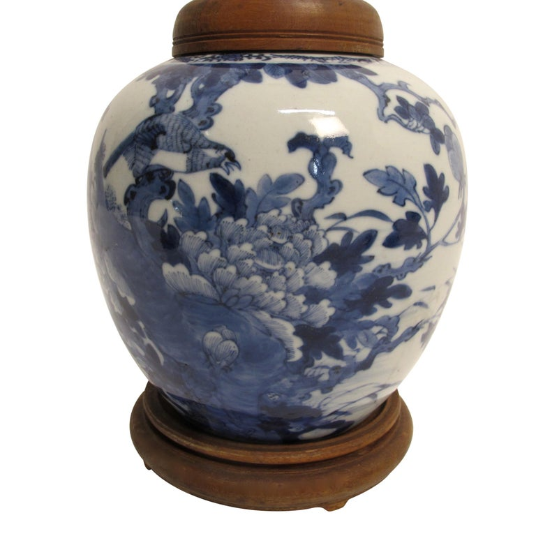 Blue and white hand-painted porcelain ginger jar converted to a table lamp in the early 20th century. Beautifully painted and in fine condition, China, early 19th century.