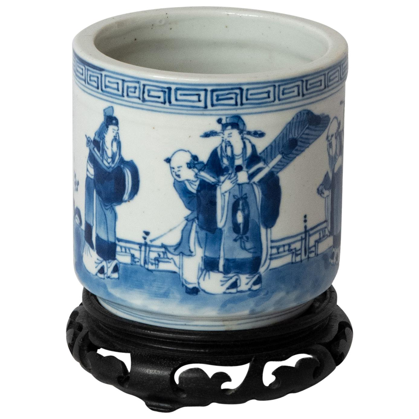Chinese Blue and White Painted Porcelain Brush Pot with Stand, Qing Dynasty