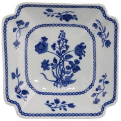 Chinese Blue and White Salad Bowl Qianlong, circa 1750