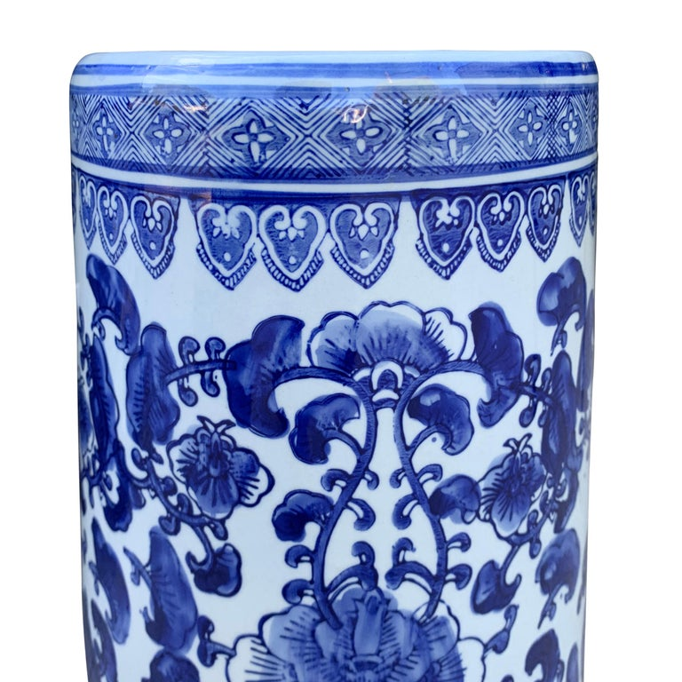 20th Century Chinese Blue and White Vase or Umbrella Stand For Sale