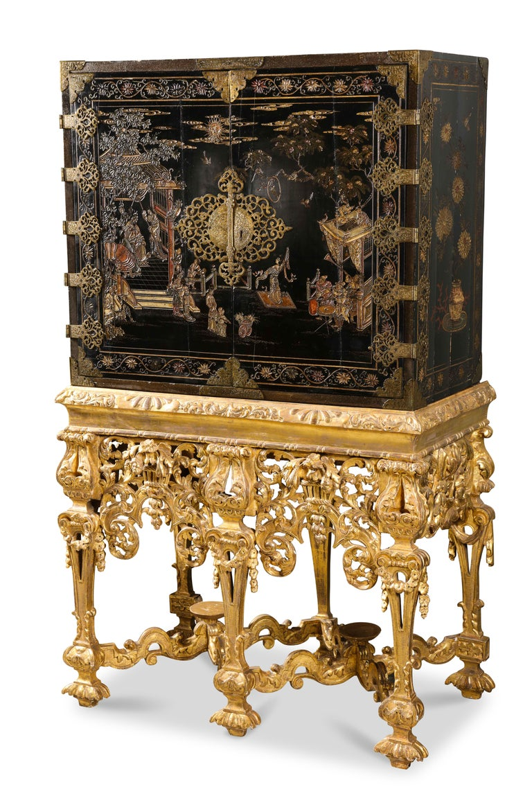 Chinese Brass-Mounted Coromandel Lacquer Cabinet on a Charles II, circa 1685 For Sale 3