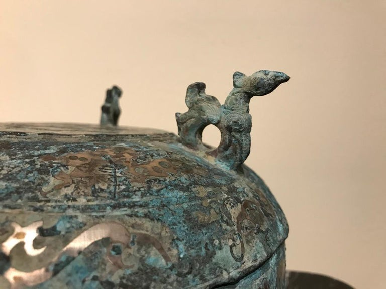 Chinese Bronze Archaistic Lidded Vessel with Silver Inlay and Bird Handles For Sale 10