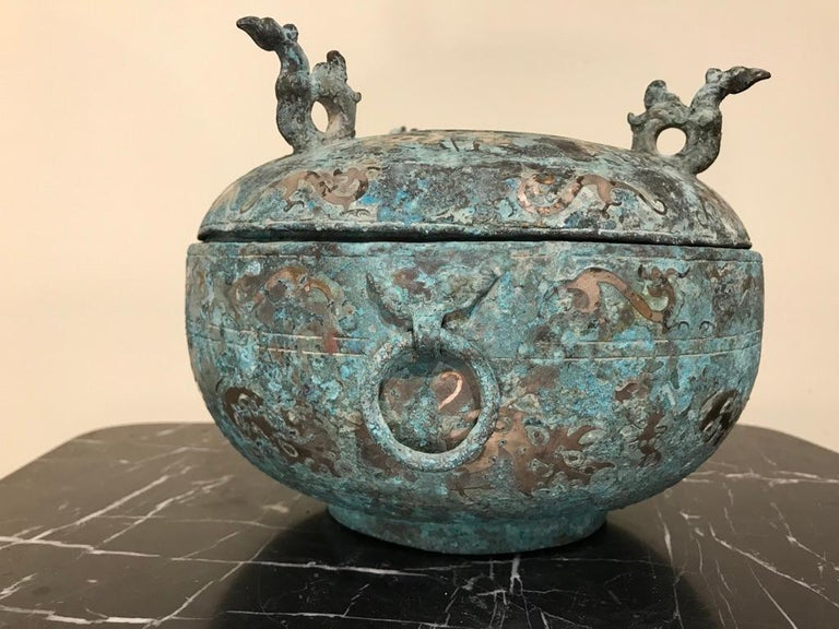 Chinese Bronze Archaistic Lidded Vessel with Silver Inlay and Bird Handles For Sale 4