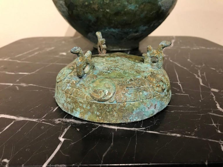 Chinese Bronze Archaistic Lidded Vessel with Verdigris Patina For Sale 7