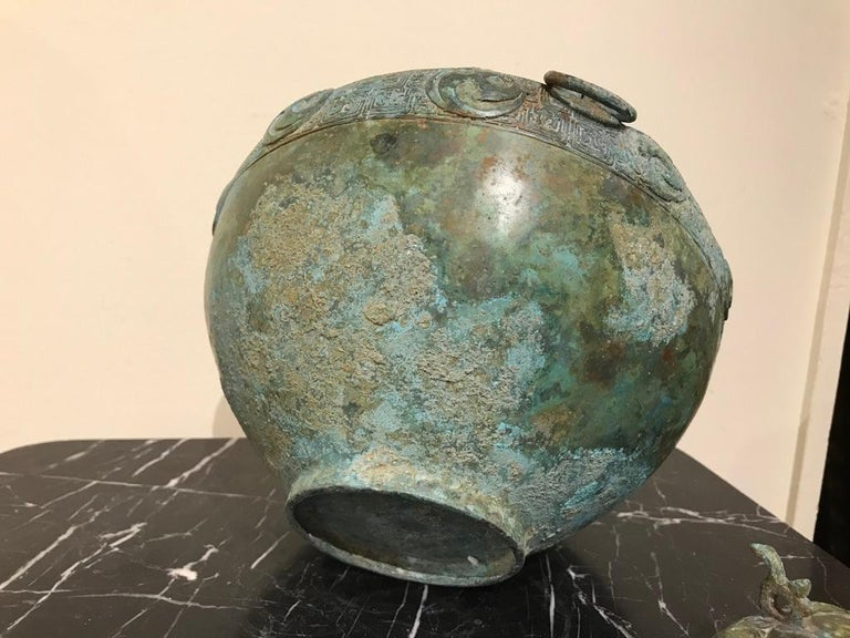 Chinese Bronze Archaistic Lidded Vessel with Verdigris Patina For Sale 8
