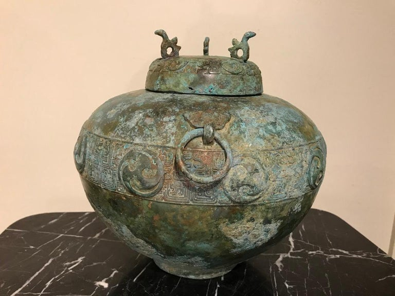 Chinese Bronze Archaistic Lidded Vessel with Verdigris Patina For Sale 2