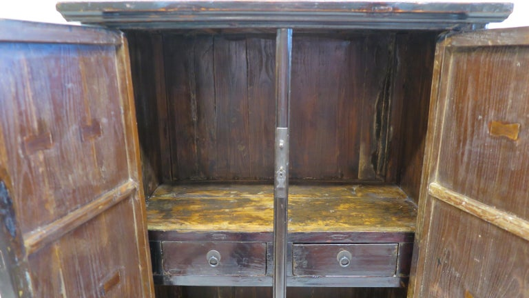 Chinese Cabinet 19th Century  For Sale 3