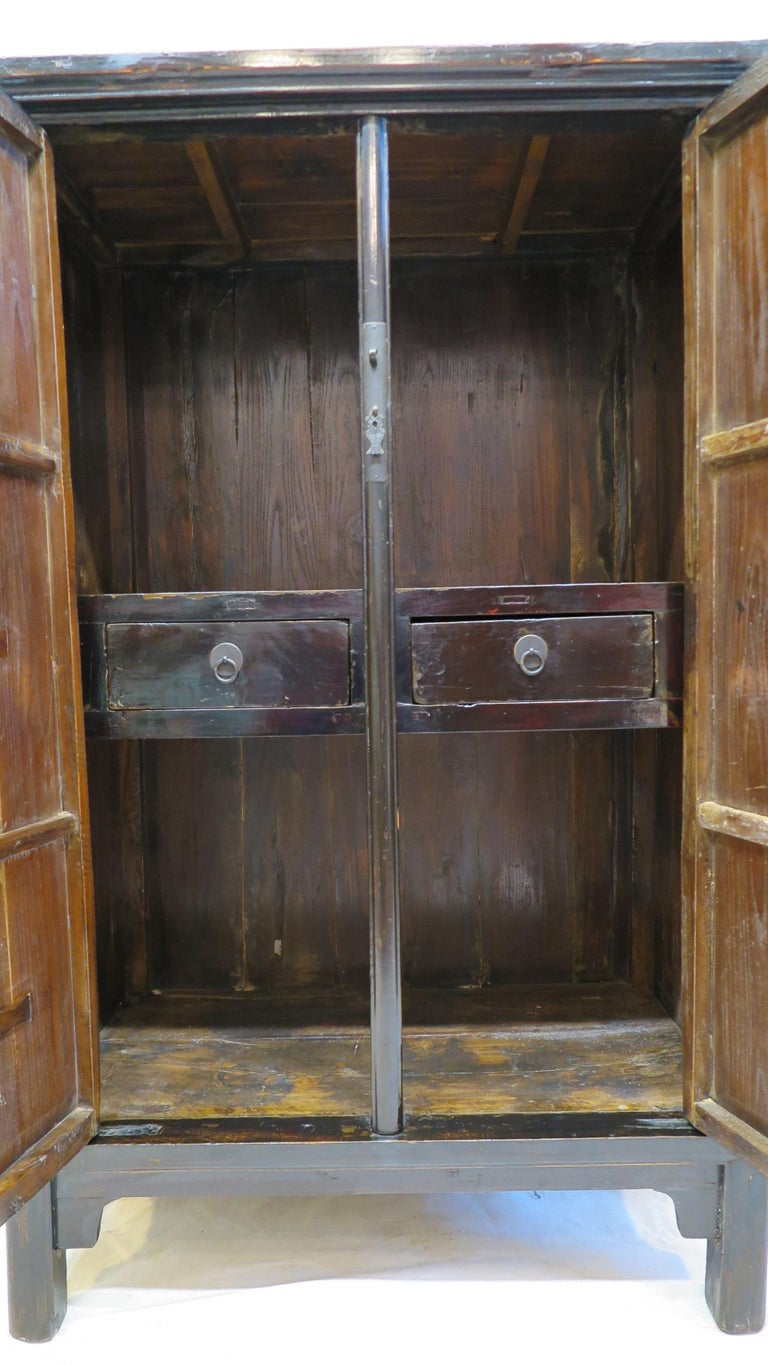Chinese Cabinet 19th Century  For Sale 4