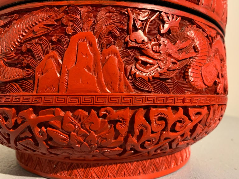 Chinese Carved Cinnabar Red Lacquer Round Dragon Box, Republic Period For Sale 6