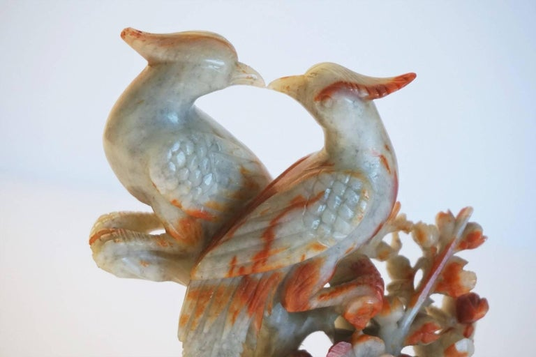 Chinese Carved Soapstone Grouping of Birds Sculpture In Good Condition For Sale In Frankfurt am Main, DE