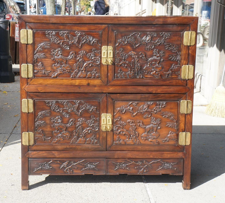 Chinese Carved Rosewood Cabinet In Good Condition For Sale In Hudson, NY