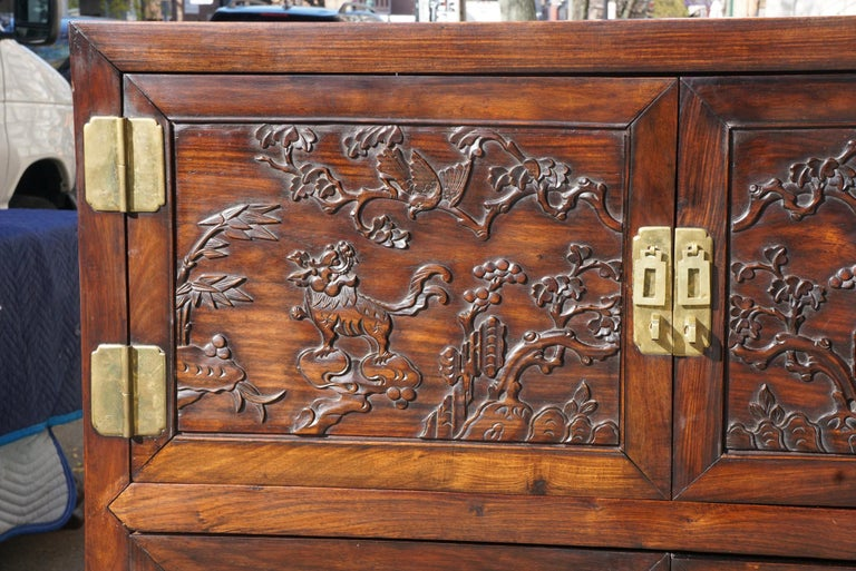 20th Century Chinese Carved Rosewood Cabinet For Sale
