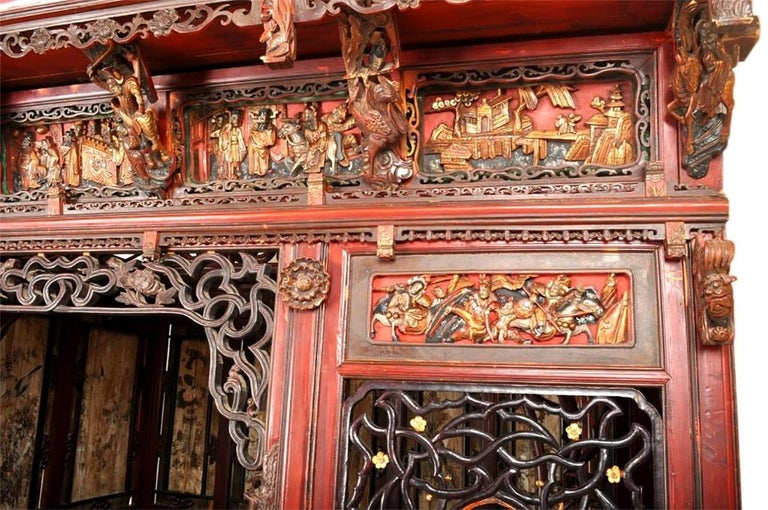 Chinese Carved Wedding Bed, Qing Dynasty, circa 1880 For Sale 1
