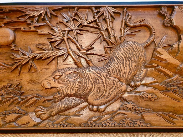 Chinese Carved Wood Wall Art from a Hunting Tiger For Sale 4