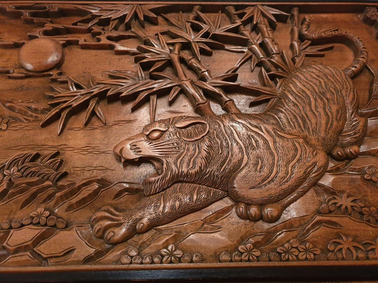 Chinese Carved Wood Wall Art from a Hunting Tiger For Sale 8