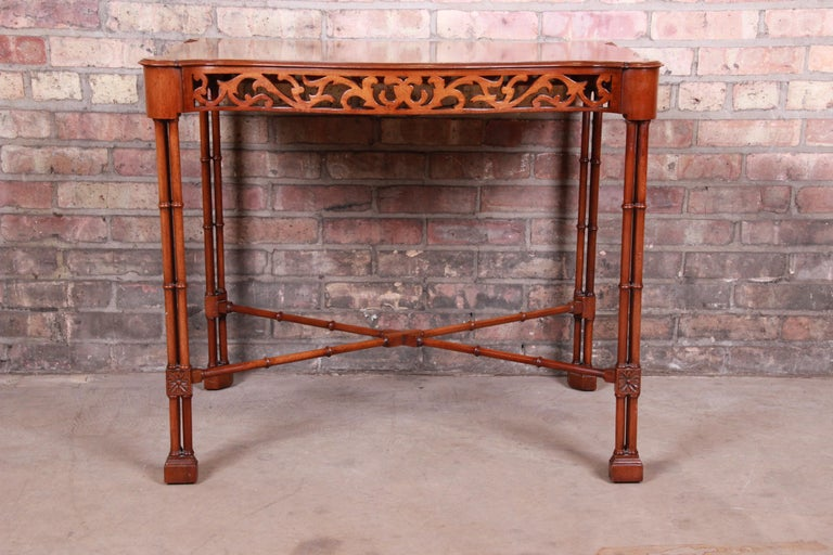 American Chinese Chippendale Carved Mahogany Faux Bamboo Tea Table by Beacon Hill For Sale