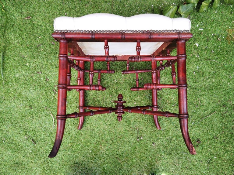Chinese Chippendale Faux Bamboo Stool Whit Capitone For Sale 3
